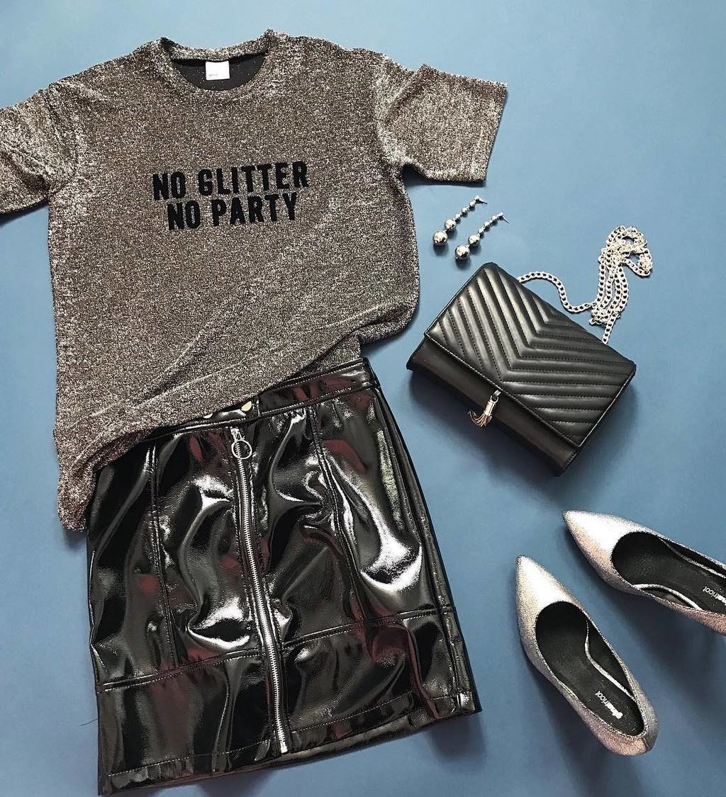 No glitter, no party✨ New arrivals Becky glitter top (199SEK/19.95EUR) and Lara skirt (349SEK/34.95EUR) make the perfect party look💥  #ginatricot image