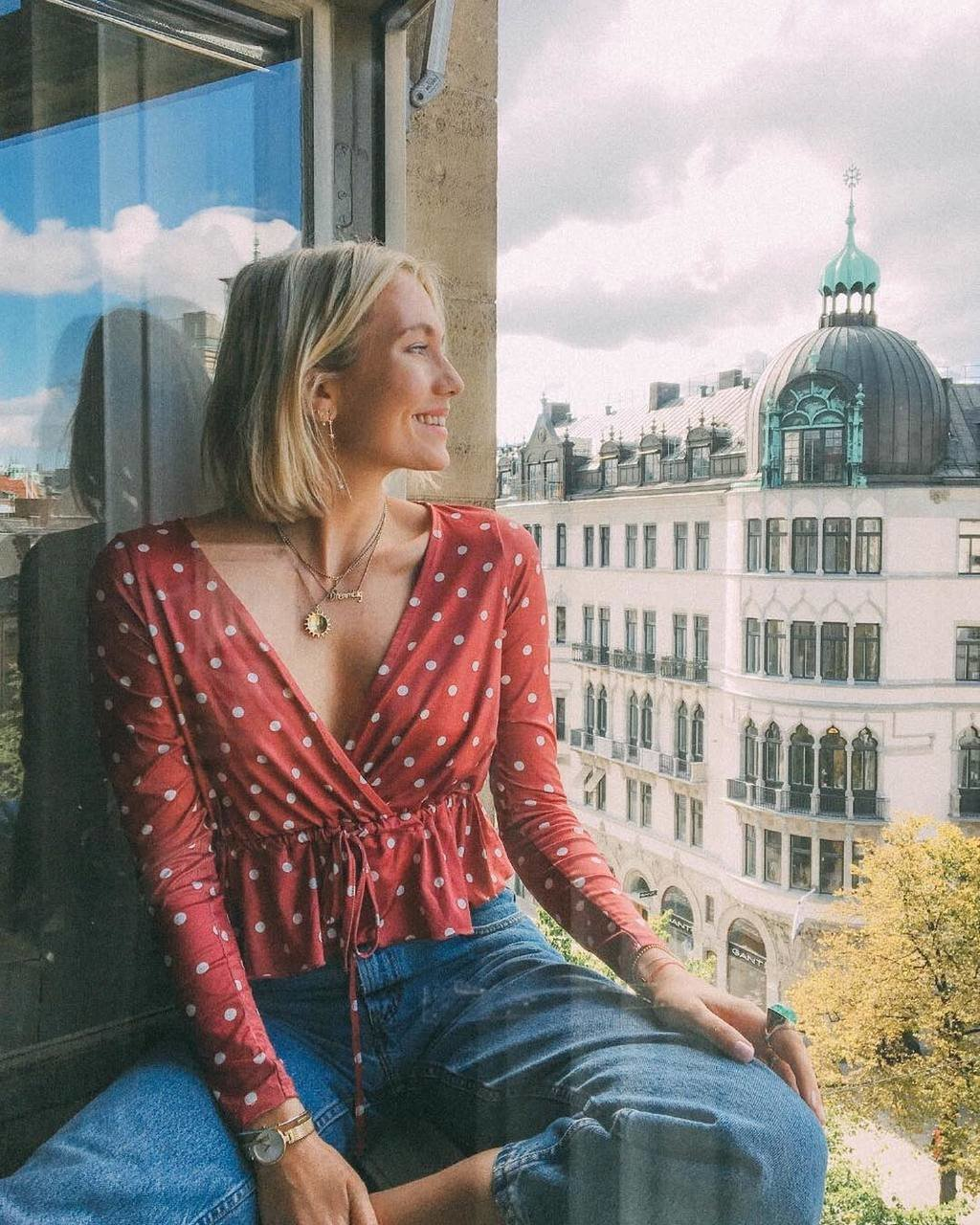 Sometimes all you need is the perfect wrap blouse💋 Darling @josefindahlberg.se looks lovely in Jasmine top (199SEK/19.95EUR) #ginatricot #ginamyway image