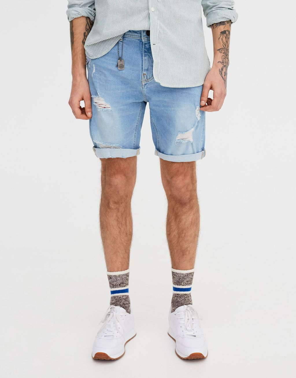 a2d19865b0 Slim Fit Comfort Denim Bermuda Shorts With Rips - Pull & Bear | reve