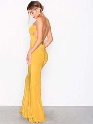 575bc1677379 Ruched Back Tail Gown Maxiklänningar - Nelly.com   reve