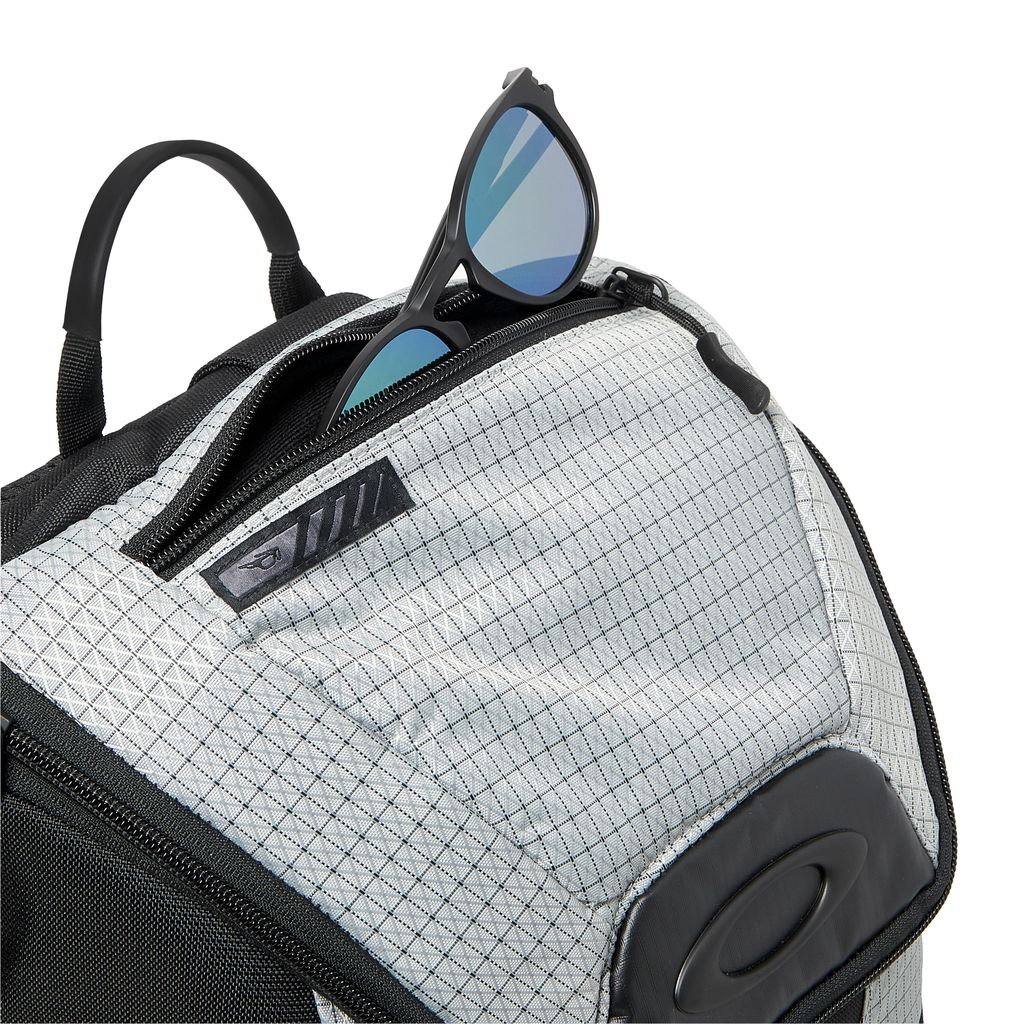 Link Backpack Stone Gray - Oakley | reve