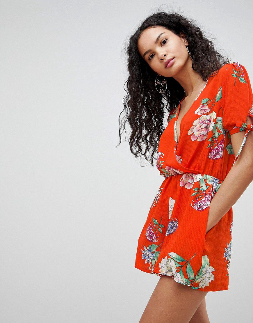96ef2413d9 Qed London Floral Print Playsuit - Asos