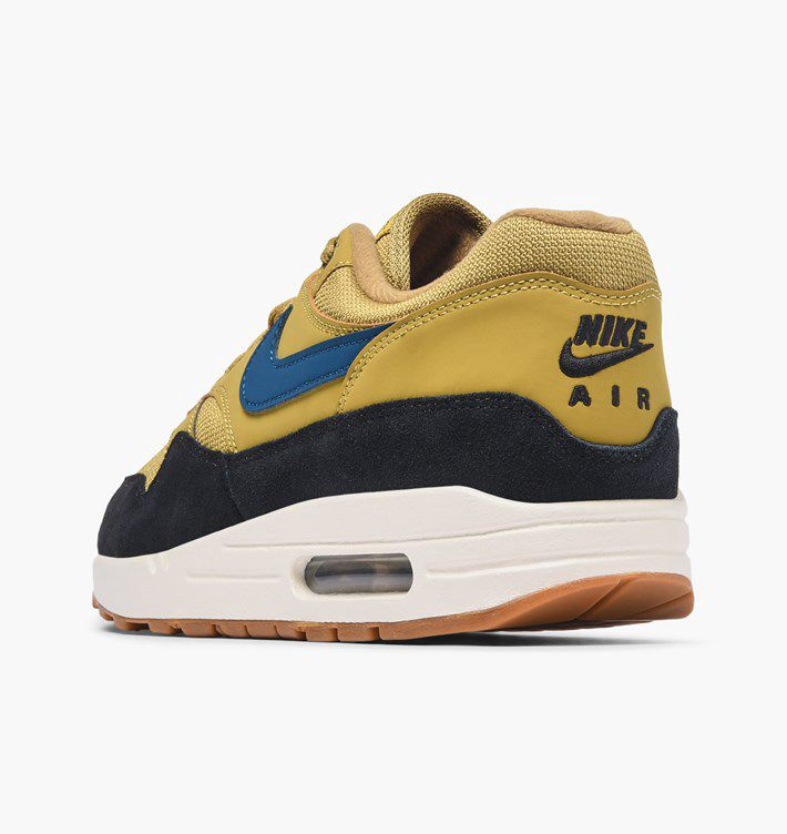 low priced 06284 e9300 Air Max 1 - Caliroots   reve